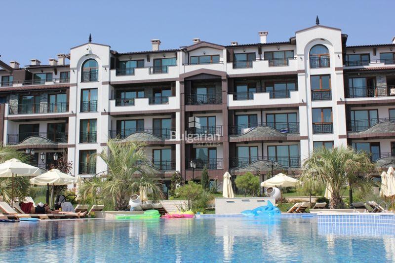 one bedroom apartment in bulgarian rose gardens pomorie - Rose Garden Apartments